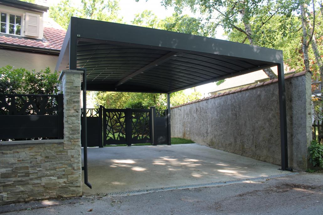 carport devant entrée