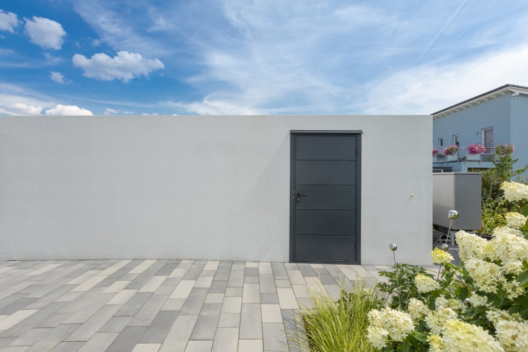 Porte latérale garage préfa
