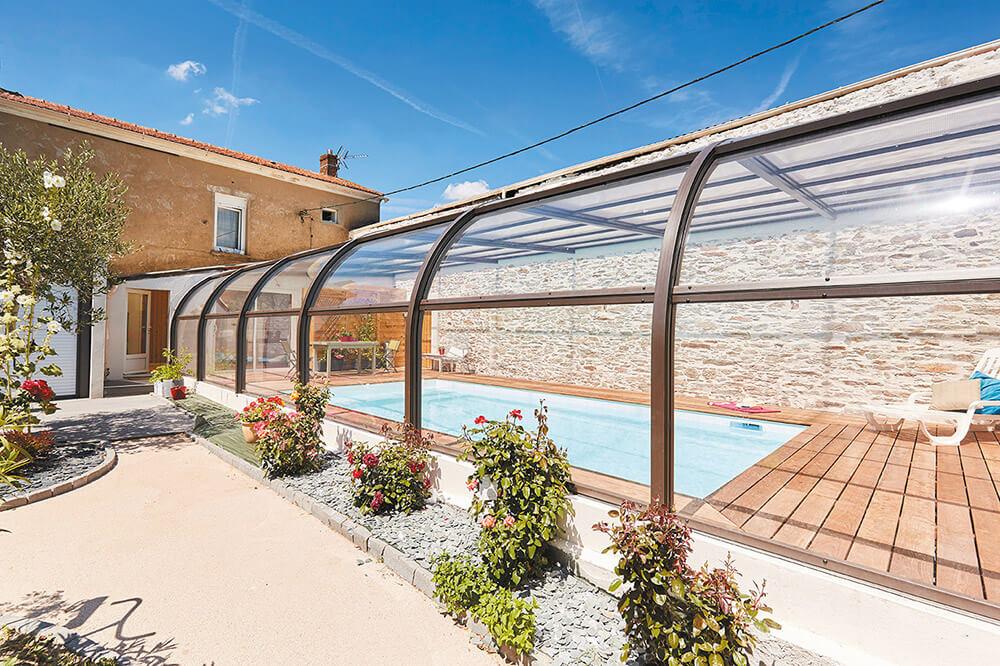 Abri de piscine style