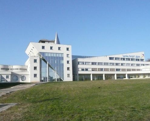 Façade Lycée Besançon